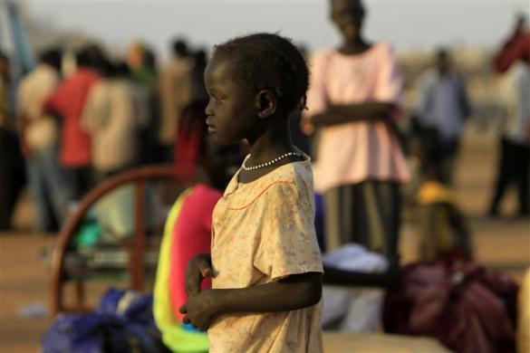流离失所的苏丹难民,你看孩子们的眼神(组图) - 刻薄嘴 - 刻薄嘴的网易博客:看世界