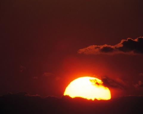 太阳月亮 - 右岸左人 - 烟雨行囊:右岸左人的部落客