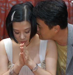 吕良伟与杨小娟 - 水无痕 - 明星后花园