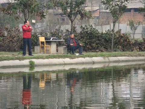 钓鱼(原创) - 人在旅途 - 净土的博客