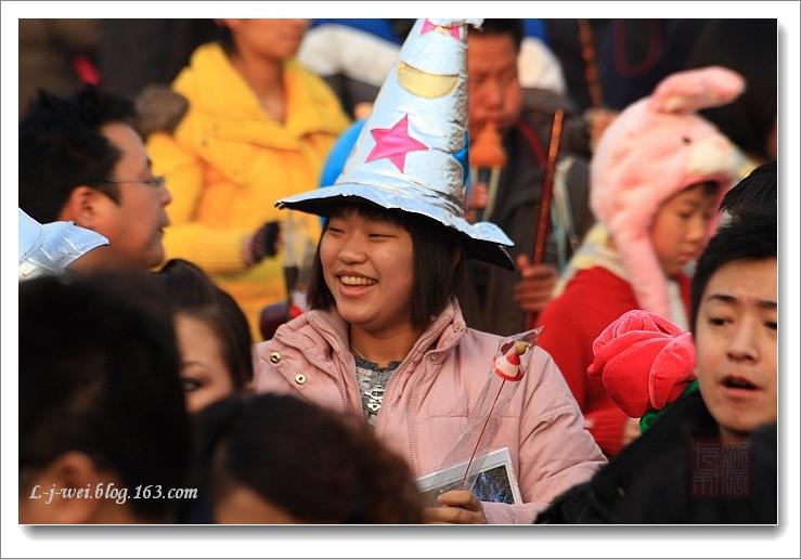 09春节北京庙会上的人(原创摄影) - 冰滴卡布 - l-j-wei的个人主页