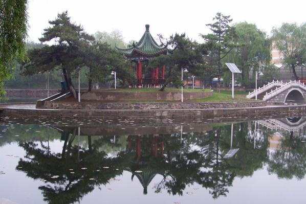 走在长春的街头(组图)(4) - 恋石斋 - 恋石斋