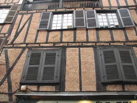 欧洲中世纪建的住宅还在使用中(图) - 徐铁人 - 徐铁人的博客