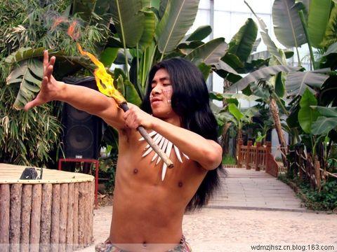 热带植物园(2)--佤族表演 - MOMO - MOMO的博客