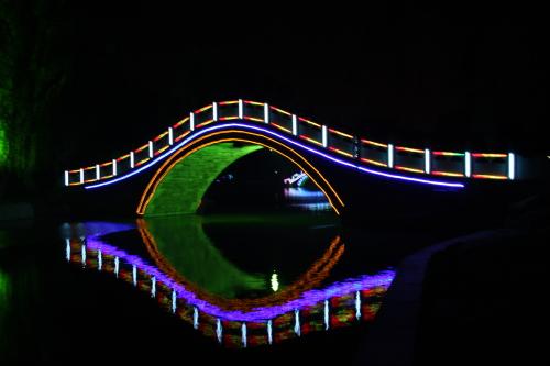 活泉夜景(守敬古里) - xt5999995 - 赵文河的博客