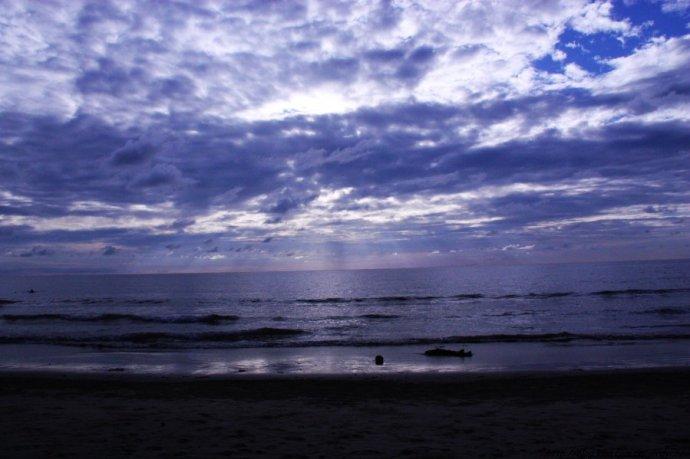 情迷世界最美日落地 - 小草 -  高山流水
