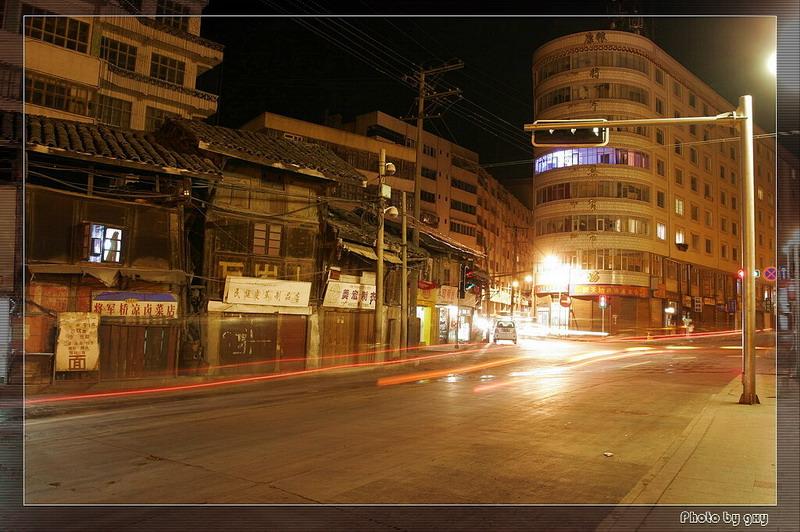 《[原创摄影]  汉藏走廊第一城—康定夜色》 - 阿剑 - 阿剑的博客