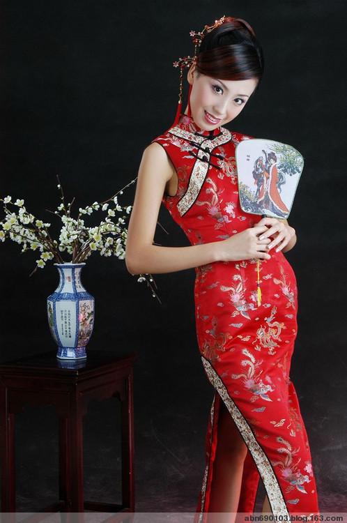 流动美女(中国旗袍) - 甄甄家园欢迎您