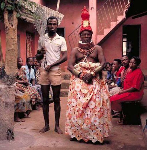 """揭秘非洲部落首领们的""""帝王""""生活(组图) - 刻薄嘴 - 刻薄嘴的网易博客:看世界"""