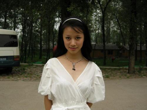 邂逅倪虹洁:白衣胜雪的绝色女子 - 陈清贫 - 魔幻星空的个人主页