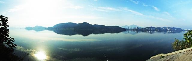 茫茫湖山,天地自在我胸中