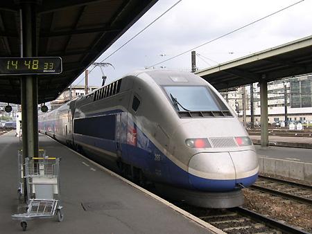 [Digg]世界上最快的火车 - 李二嫂的猪 - 翱翔的板儿砖
