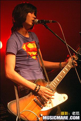 2007年8月3日 - 向雷蒙斯致敬 - 新裤子 - 老范 - 老范的博客