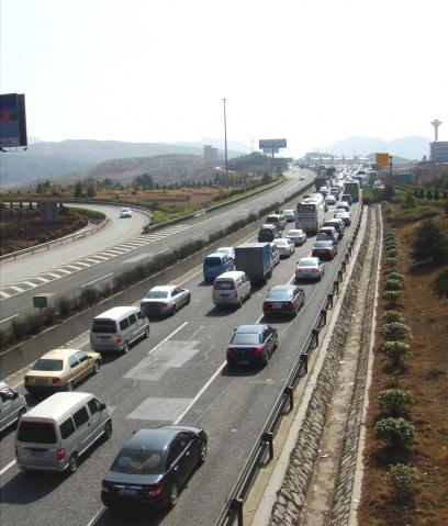 [原创] 2009春节南巡(2) 京珠高速看堵车 - 路人@行者 - 路人@行者