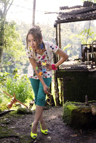 与巴厘岛的大象共舞 - 韩国媚眼天使sara - 韩国媚眼天使sara   博客
