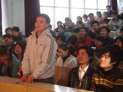 与太原理工学子真情沟通录制黄河讲堂与太原理工学子真情沟通 - 刘继兴 - 刘继兴的BLOG