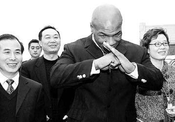 成龙周星驰姚明吴宇森不懂抱拳礼请不要侮辱国学(图) - 田金双 - 田金双的娱乐私塾