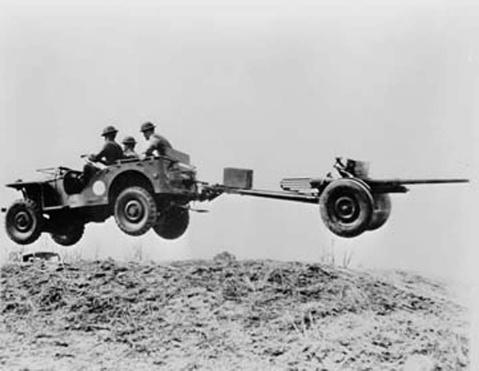 越野)后来被kaiser 接手,将名字改成:kaiser-jeep ;jeep后来注册高清图片