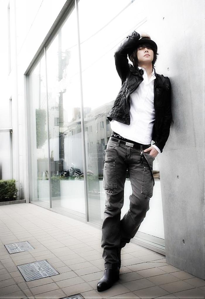 型男酷女牛仔裤 - 几度夕阳红 - 乡情悠悠.青山依旧