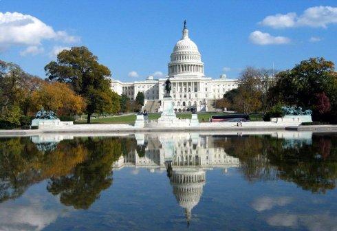 莫把国会大厦当白宫 - 阿忆 - 阿忆/滥盘与希望