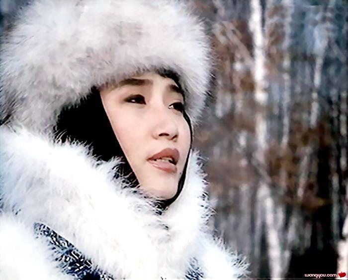 李娜/揭秘: 著名歌星李娜出家的真实原因 李娜近况...