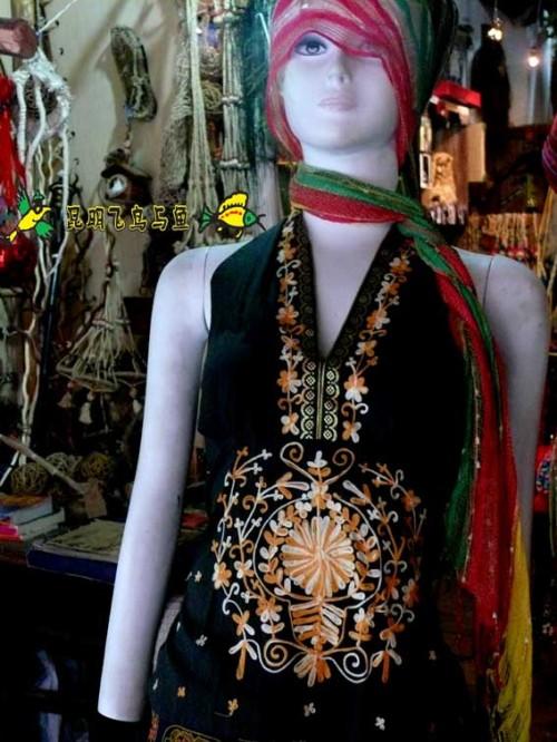 风格..   印尼.尼泊尔.泰国.印度等服饰!欢迎大家分享..   这是