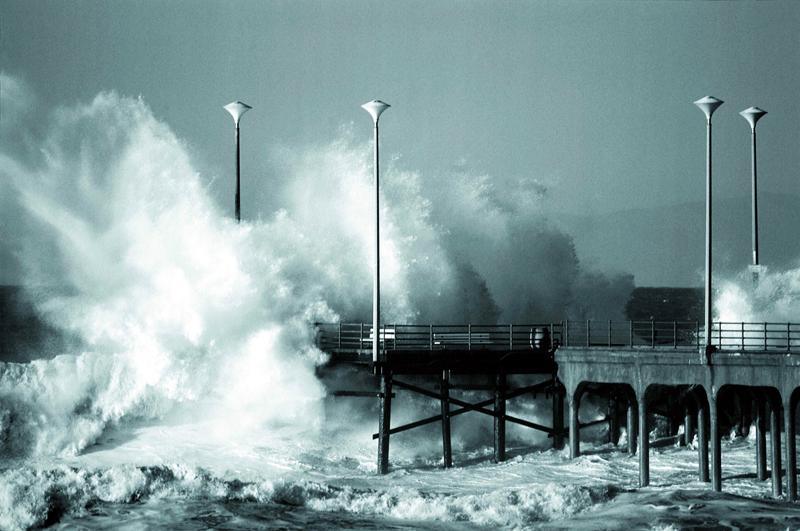 引用 疯狂的海浪 - 清风细雨润江南 - 清风细雨润江南