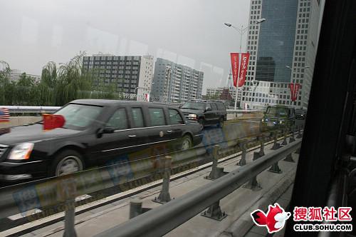 布什乘御用防弹凯迪拉克来北京看奥运 - lx3com - lx3com太上老君的博客