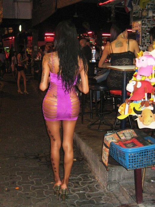 人妖横行的泰国芭提雅探秘