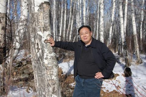 冰雪覆盖下的阿勒泰白桦林公园 - 苗晓 - 苗晓的博客