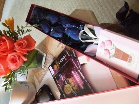 第十个情人节 - 老虎闻玫瑰 - 老虎闻玫瑰的博客