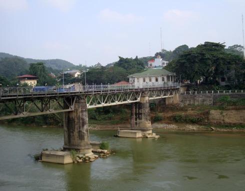滇南散记三:河口,中越边境 - 苏泽立 - 苏泽立的博客