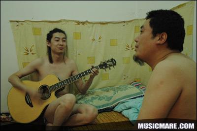 2007年7月21日 - 耳光乐队排练照片大公开 !!!!! - 老范 - 老范的博客
