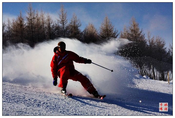 万龙滑雪场掠影(原创摄影) - 冰滴卡布 - l-j-wei的个人主页