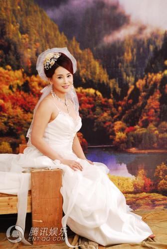 杨欣结婚婚纱图 - 水无痕 - 明星后花园