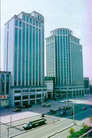 中美地方政府大楼对比(组图)(三) - 老藤 - tengxuyan 的博客