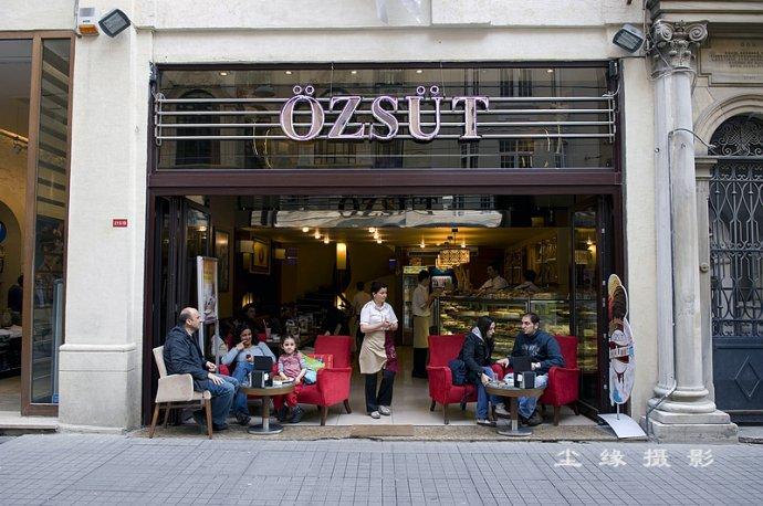 在伊斯坦布尔步行街大快朵颐 - Y哥。尘缘 - 心的漂泊