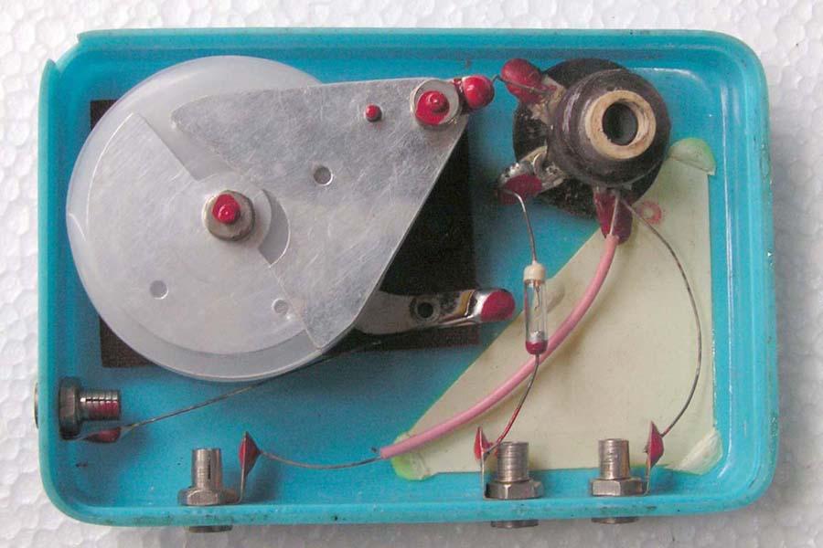 五十多年前的象牌101型收音机,真正的低碳绿色环保产品_艺新工作室_百度空间 - 啊呀老林 - 漳平海天少年科学工作室
