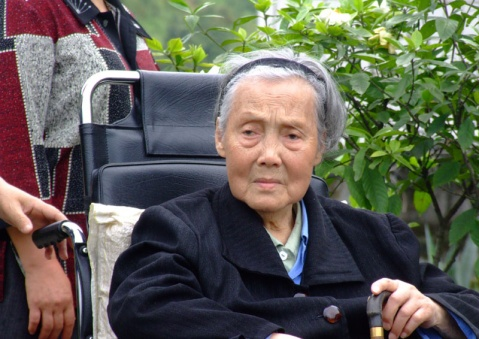 我的白发娘亲 - 冉陆 - RLZ666-欢迎您