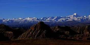 2008年11月23日 - 昆仑雪月 - 高翔在天边