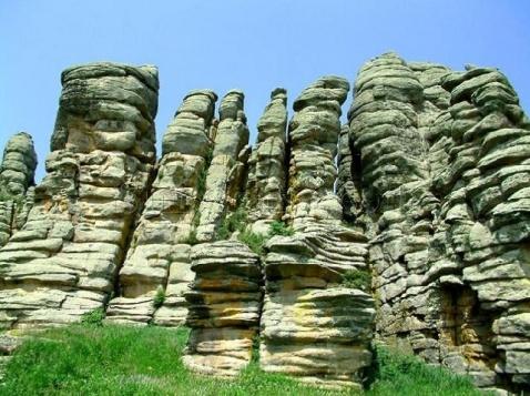 克什克腾世界地质公园-阿斯哈图石林 - 内蒙古克什克腾旗金色假期旅行社 - 美丽神奇的克什克腾
