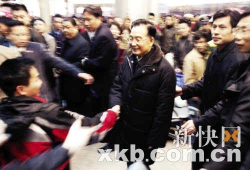 记者博客揭秘温总理雪灾慰问灾区细节 - qq414516 - QQ414516