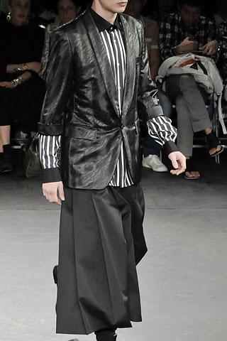 Comme des Garccedil;ons品牌的2009春夏男装(多图) - 中国杭州青岛服装师联盟 - 中国杭州青岛服装师联盟