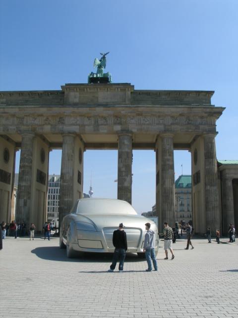 世界杯开幕前的柏林(11) - 余华 - 余华
