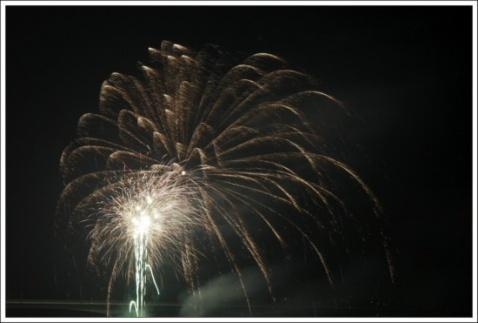元宵焰火映汉江 - 老焉 - 老焉的博客