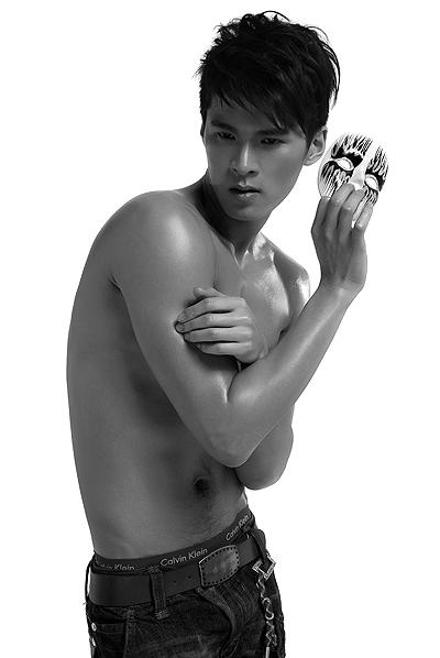 第七届中国职业模特大赛男模亚军——李凌云 - 110414 - 左岸麦田の魔男志
