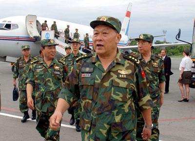 解放军梁光烈上将将去藏南祭奠烈士 意在警告印度 - al老虎 - 活在过去