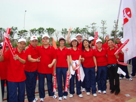 【原创】北京2008奥运火炬传递汕头站中泰花园段 - venchia - 蓝天堂