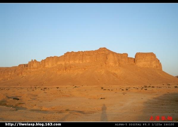 【摄影】红沙漠-山峰-夕阳 - 大漠孤烟 - 大漠孤烟的博客