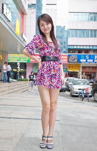 色五月-激情五月-色播五月_深圳街头五月街拍达人